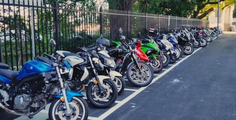 parking of motocycle